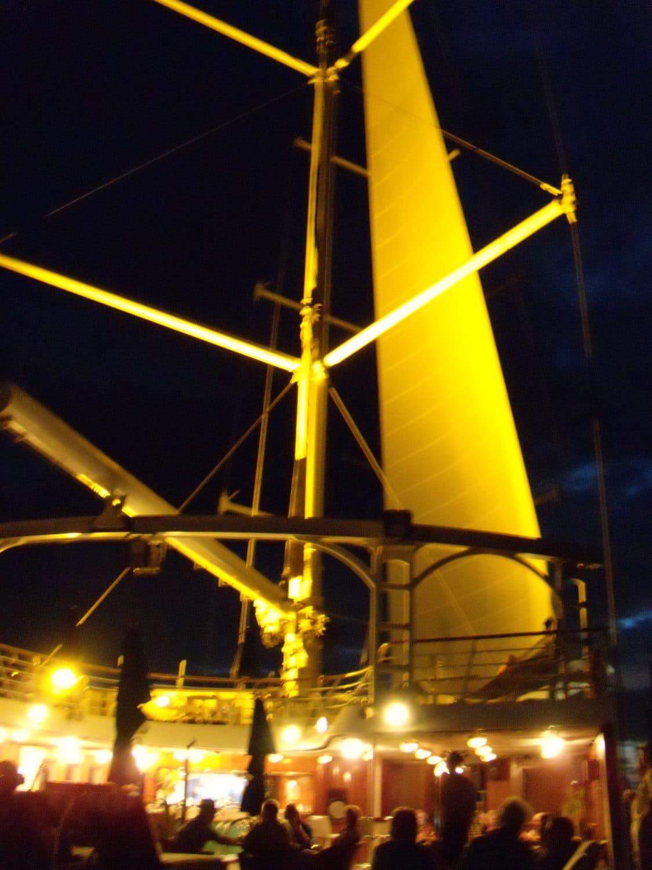 Windstar sailing ships