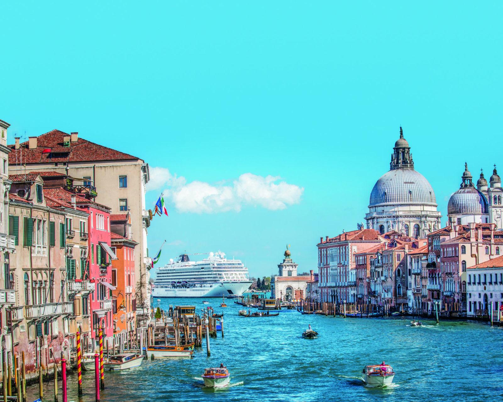 Viking Venice Canal
