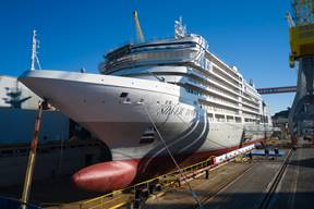 Silversea Silver Dawn float out in Italy