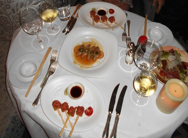 A pictorial voyage of cruise ship meals past