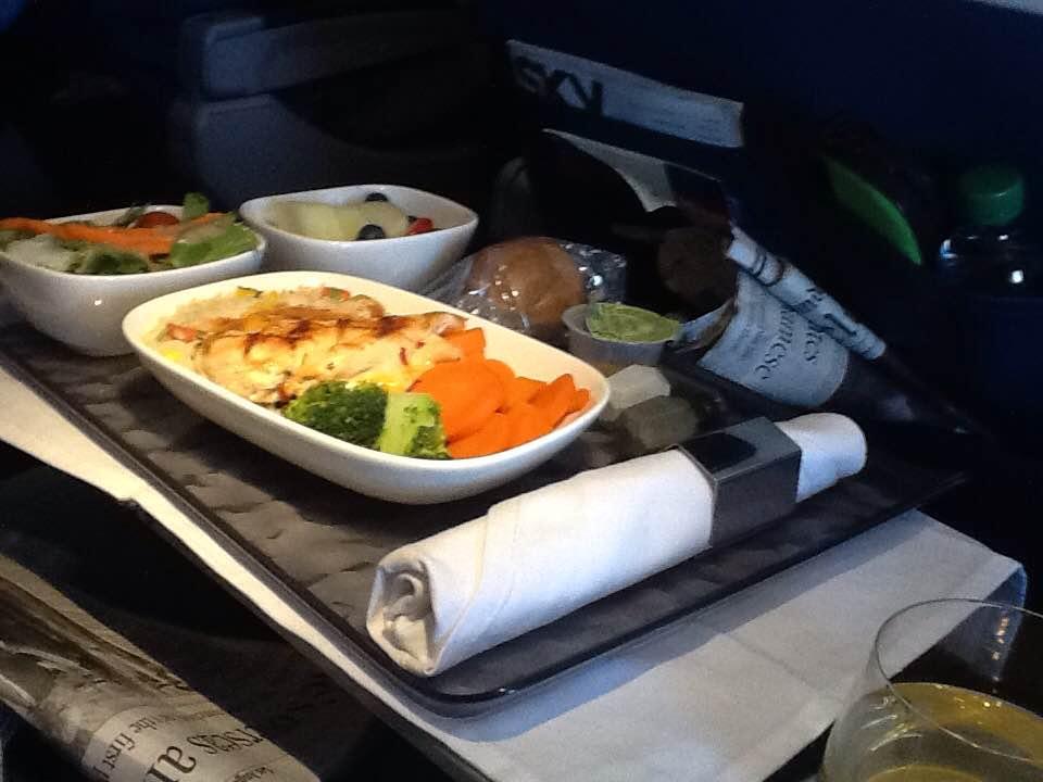 Delta brings back meals