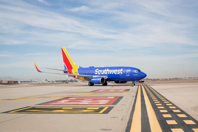 Southwest stops serving drinks