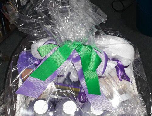 Beautiful Bon voyage and Christmas gift baskets by Purelis